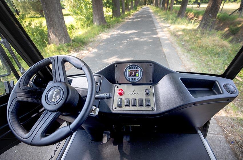 Eldriven lätt lastbil - Addax N1 panel