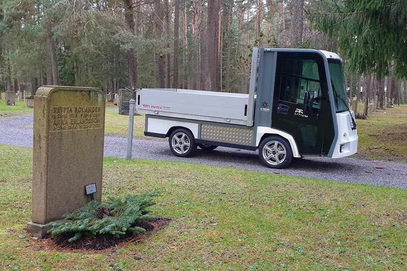 Eldrivet arbetsfordon för kyrkogårdsförvaltning