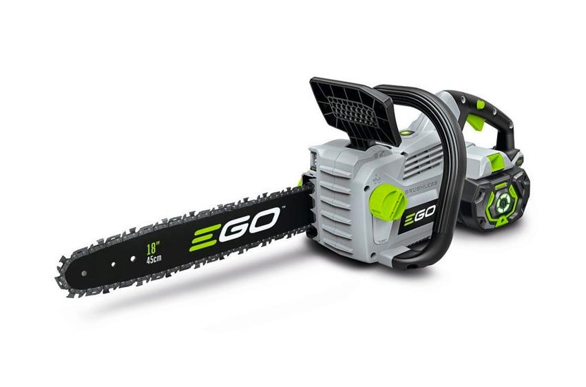 Batteridriven motorsåg EGO POWER+ CS1800E fram